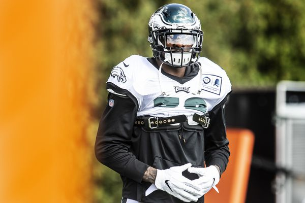 Nigel Bradham's path to middle linebacker a reflection of the Eagles' devaluing of the position | Jeff McLane