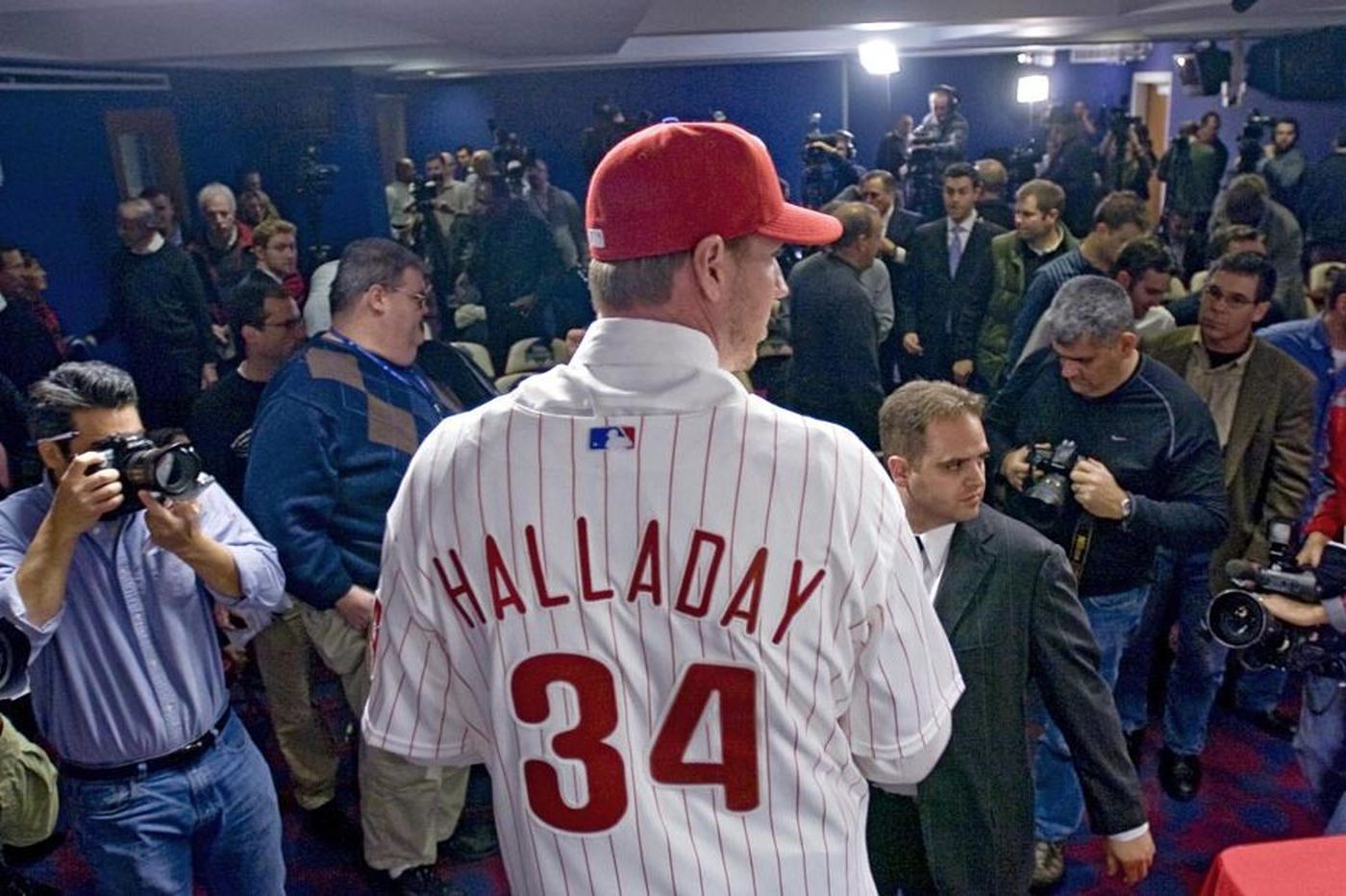 Roy Halladay public memorial service to be held in Phillies' Clearwater stadium
