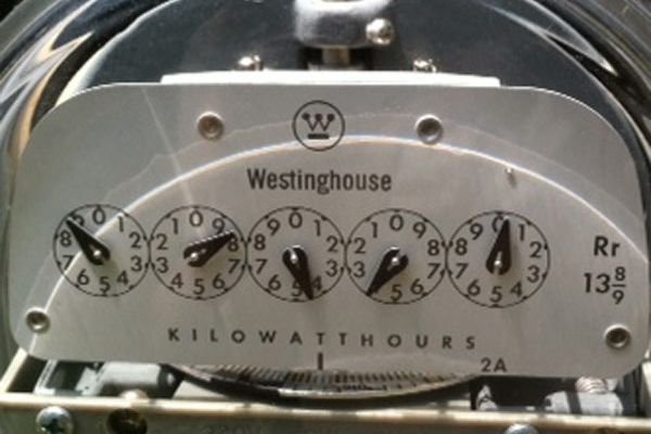 50K Pa. electric customers flip switch after price swings