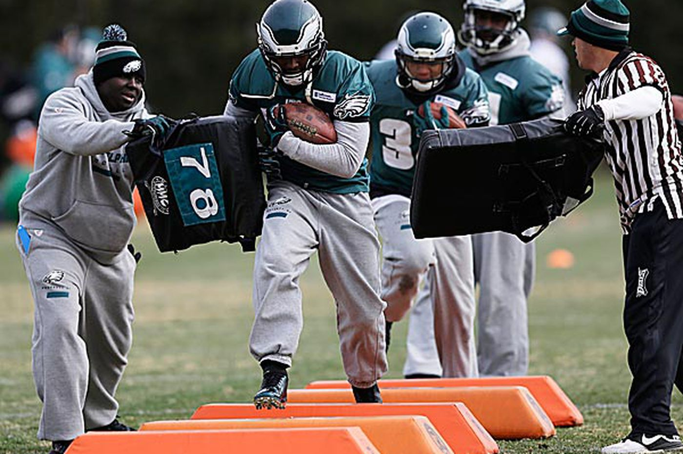 Eagles' ground game seeing big gains from big-gain plays
