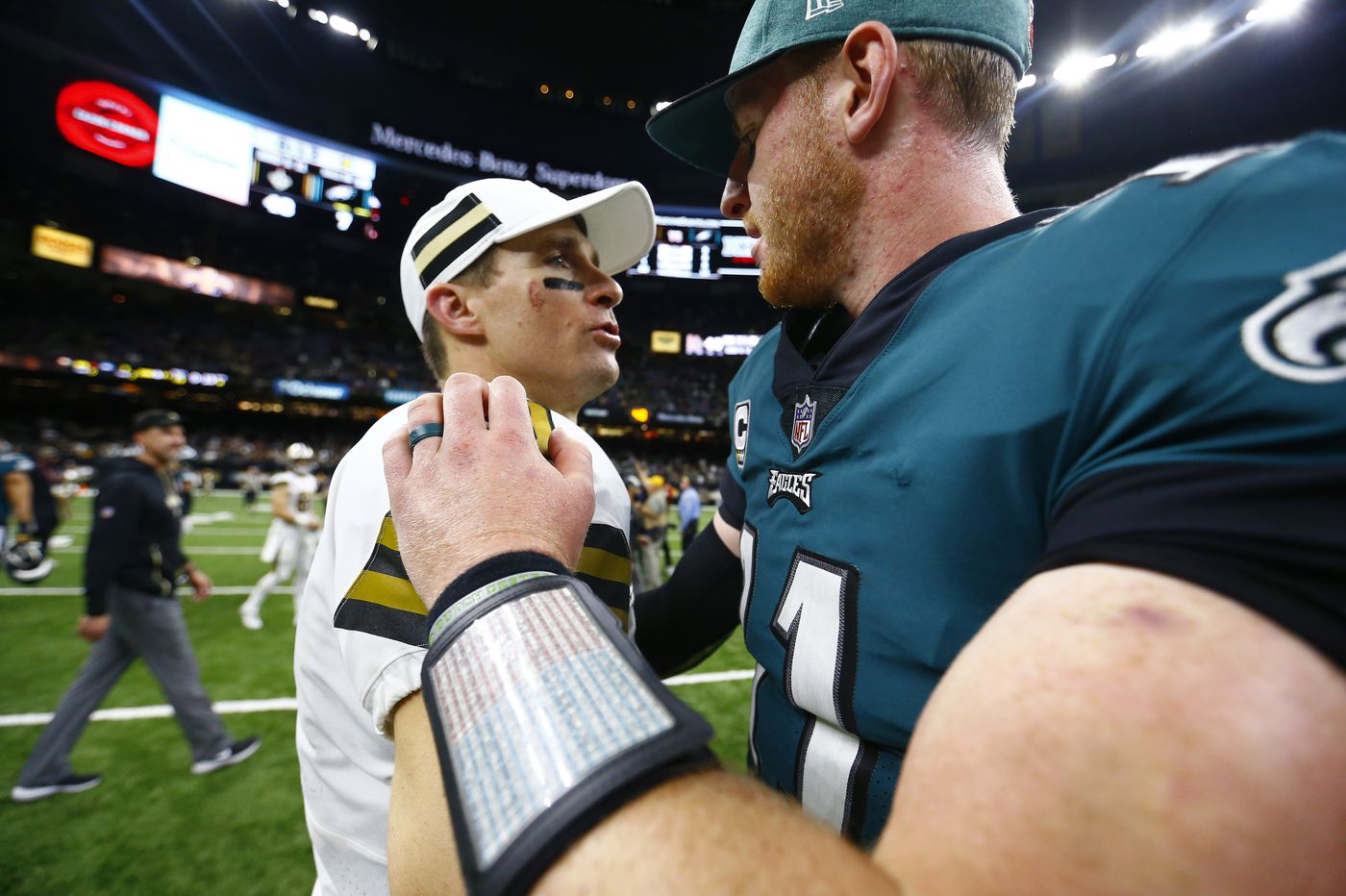 Can Eagles build for the future around Carson Wentz and still contend for a Super Bowl now?
