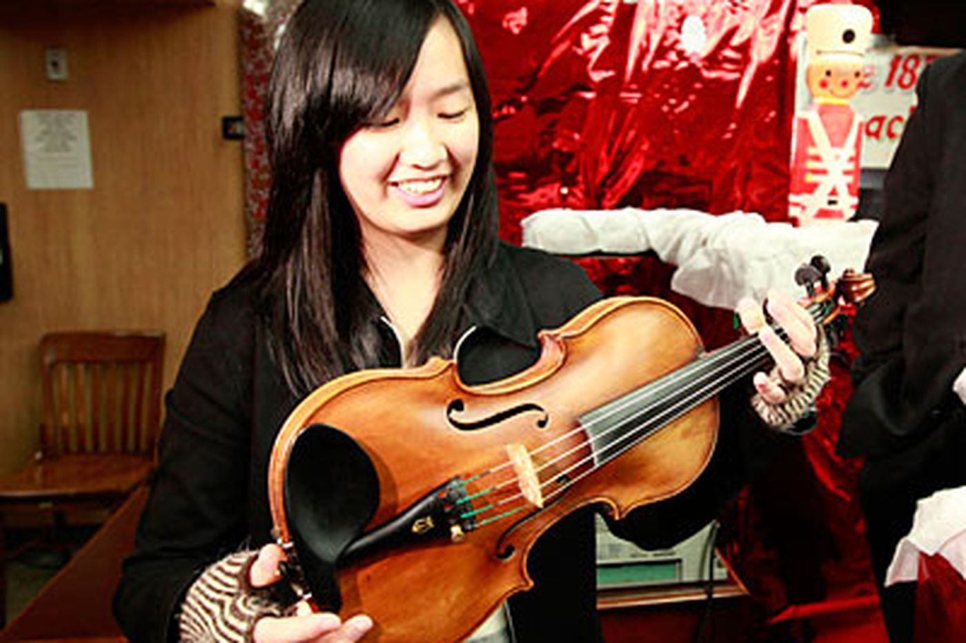 A holiday high note: $170,000 violin lost and found
