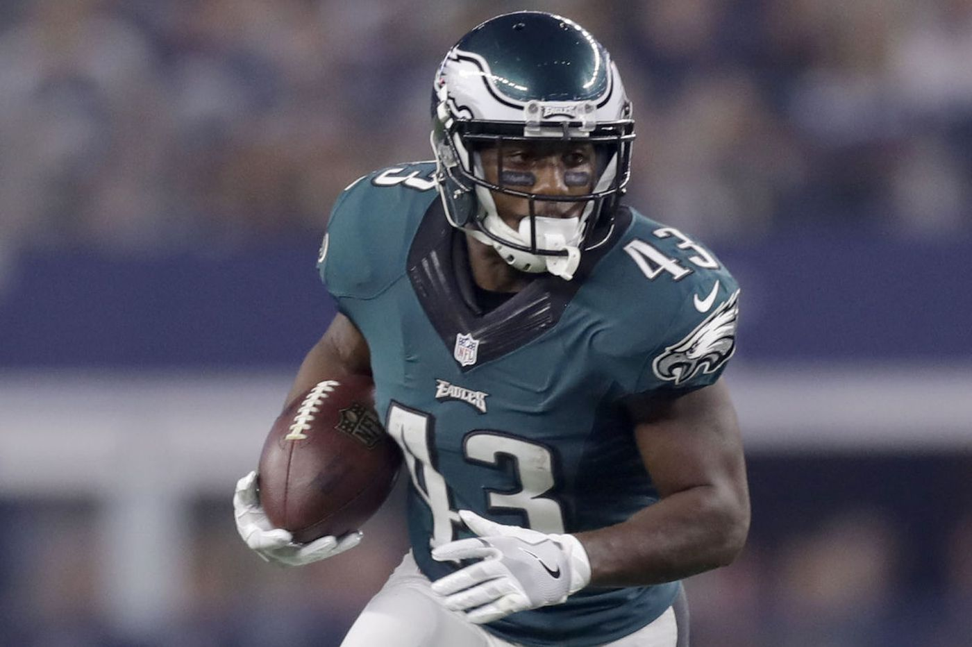 Sproles, the littlest workhorse, shows no signs of slowing down