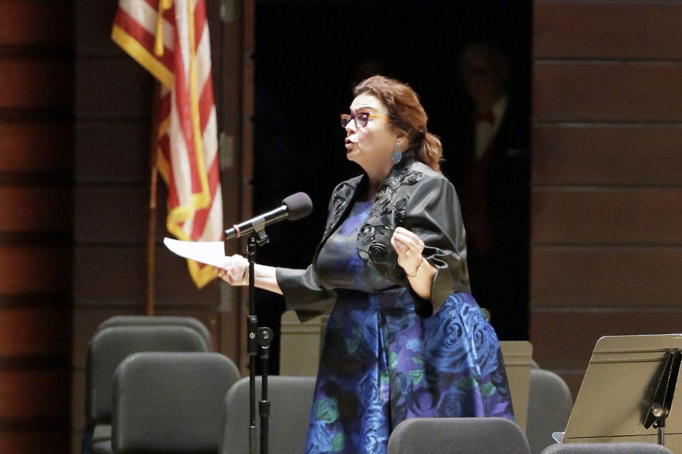 Philadelphia Orchestra chief to step down