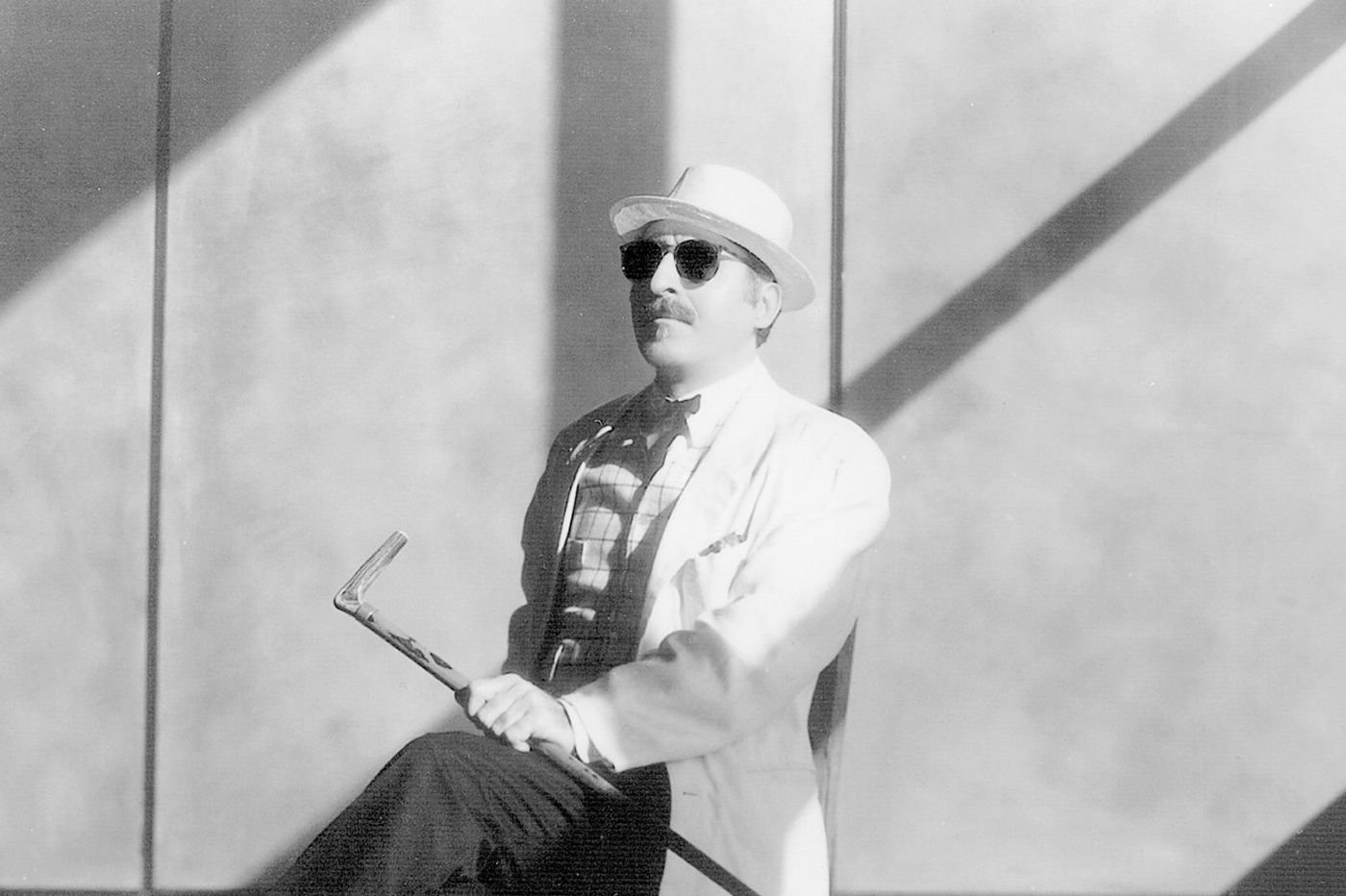 Leon Redbone, acclaimed 1970s singer and guitarist, dies