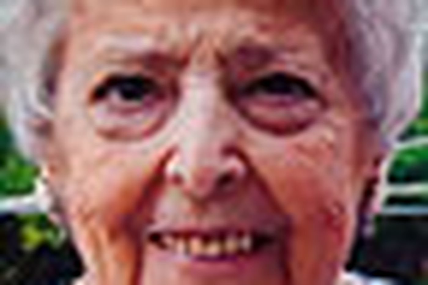 Mabel Harrar Smith, 90; first woman in Montco FOP