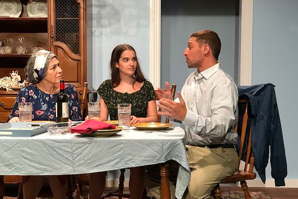 Can you enjoy the new Arden play that's part English, part Spanish? Sure, says the Cuban-Irish-American playwright.