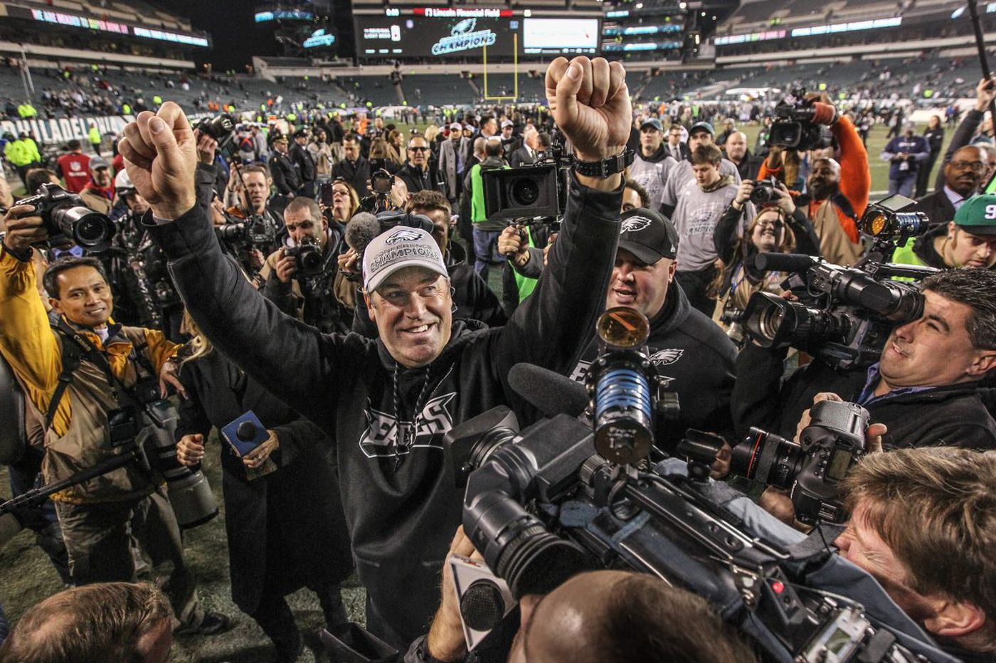 A Super Bowl tale: Philly and the Eagles are underdogs made for each other | Bob Ford