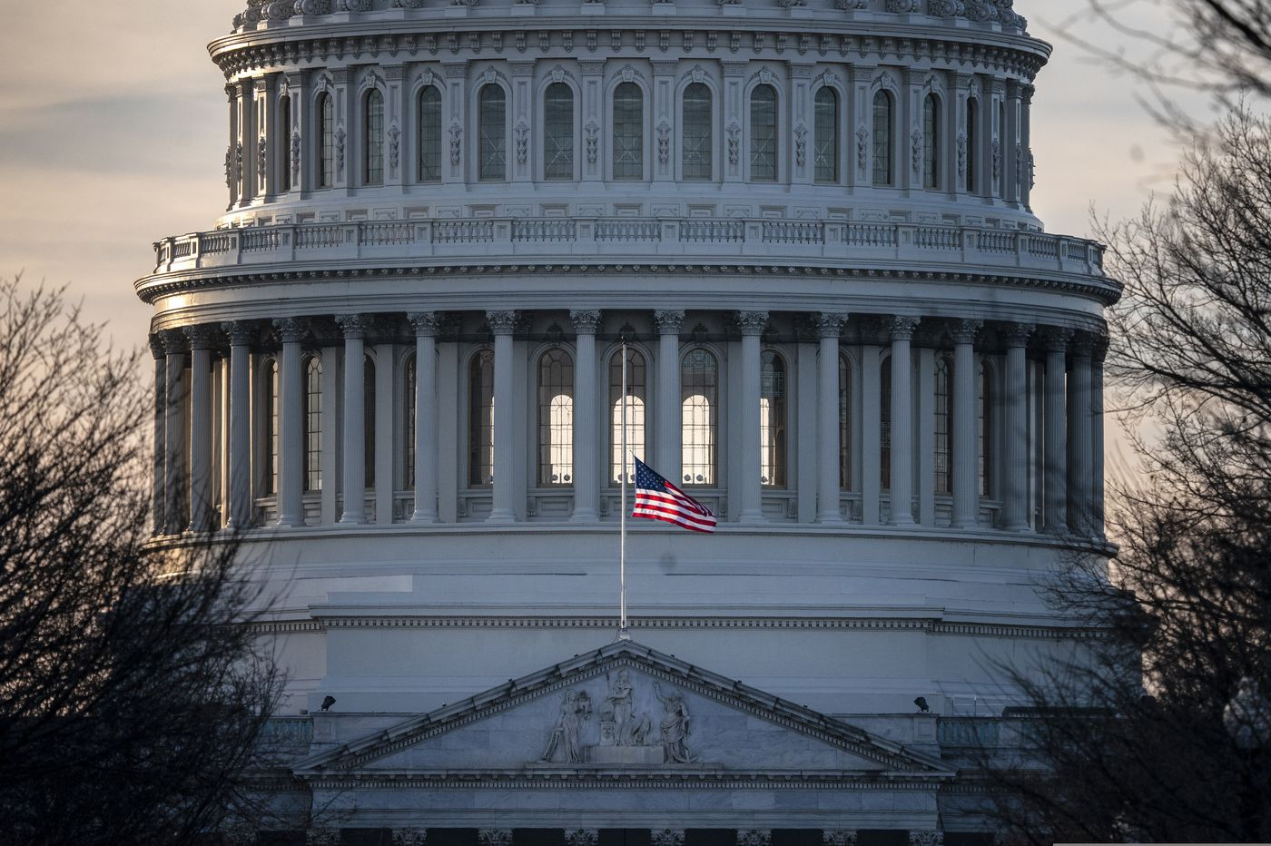 Senate approves bill to keep government running into 2019