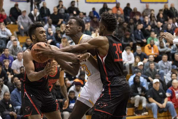 Seth Lundy, Roman Catholic topple Imhotep Charter in clash of area's top-ranked teams