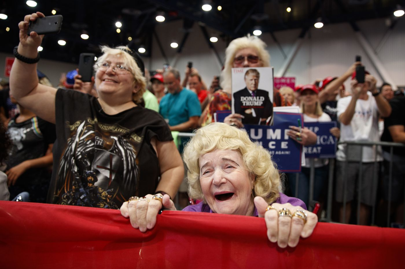 White women hold the keys to America's future. Will they vote wisely? | Solomon Jones
