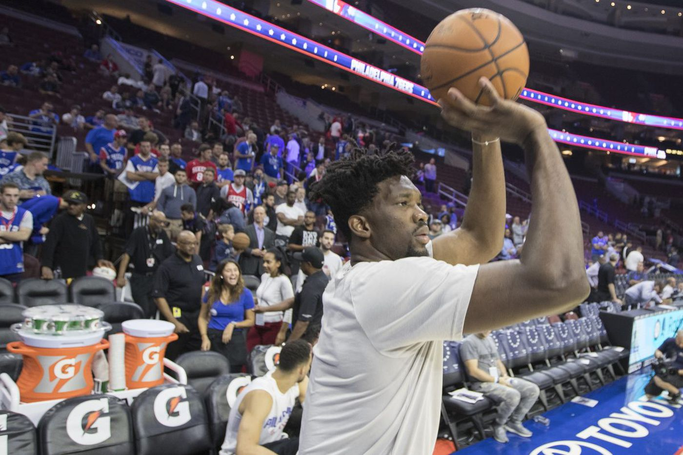 Joel Embiid dominates full-court Sixers scrimmage, but team remains cautious