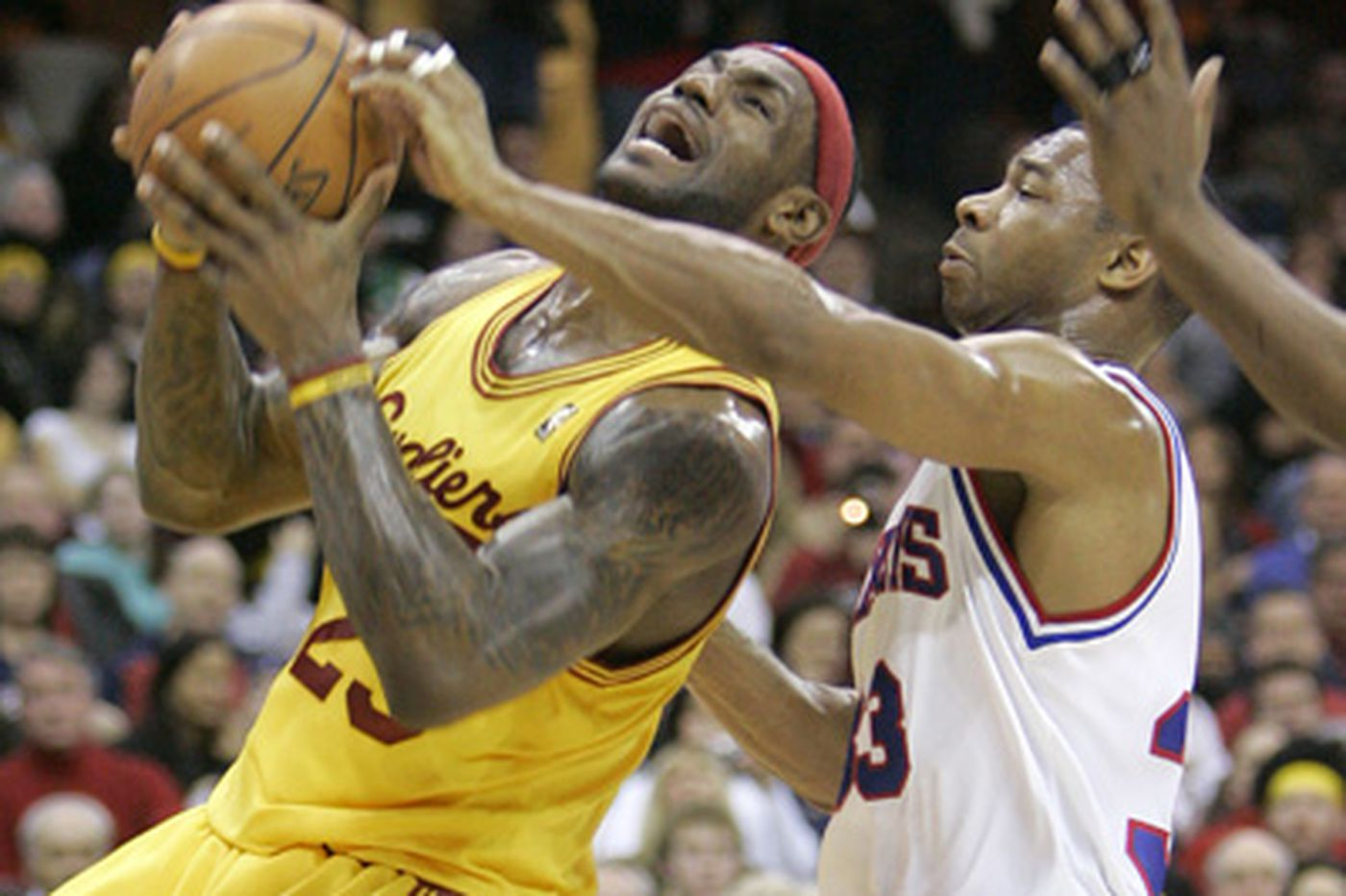Sixers thumped by Cavs, 88-72