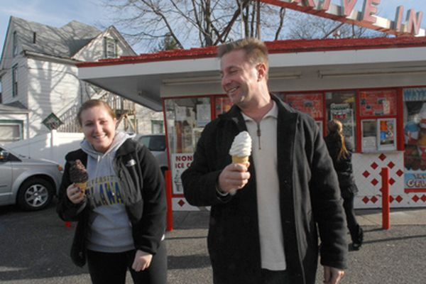 Shakes and shivers: N.J. frozen-custard stand rakes in cold cash