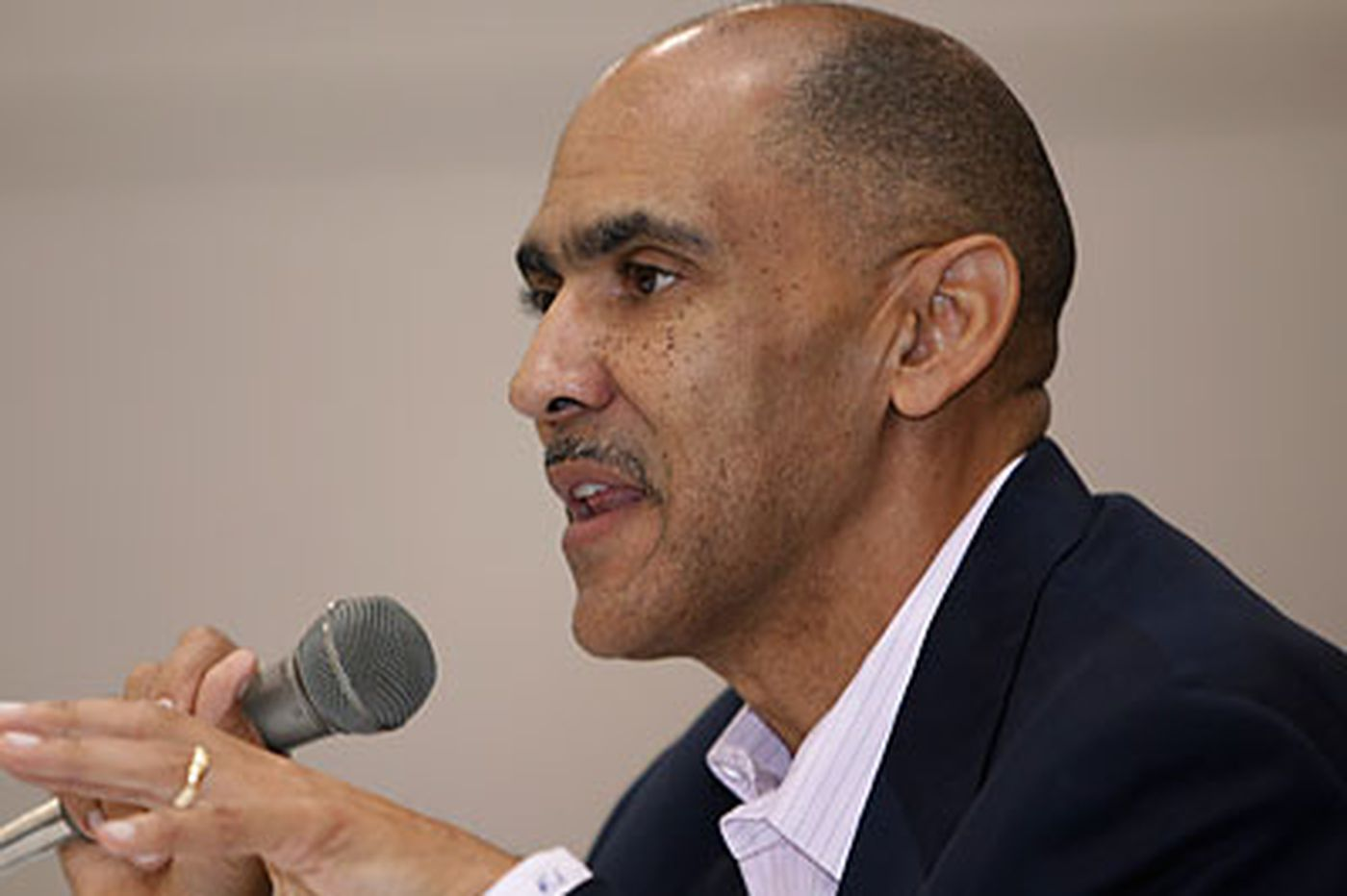 Reports: Scratch Dungy, Ferentz off Penn State list