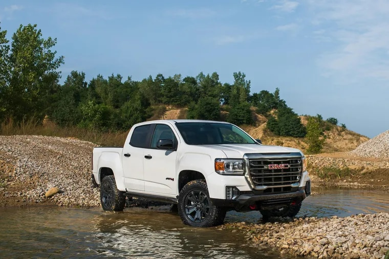 The 2021 GMC Canyon AT4 definitely presents itself as a sporty truck from the outside, and the driving experience backs that up.