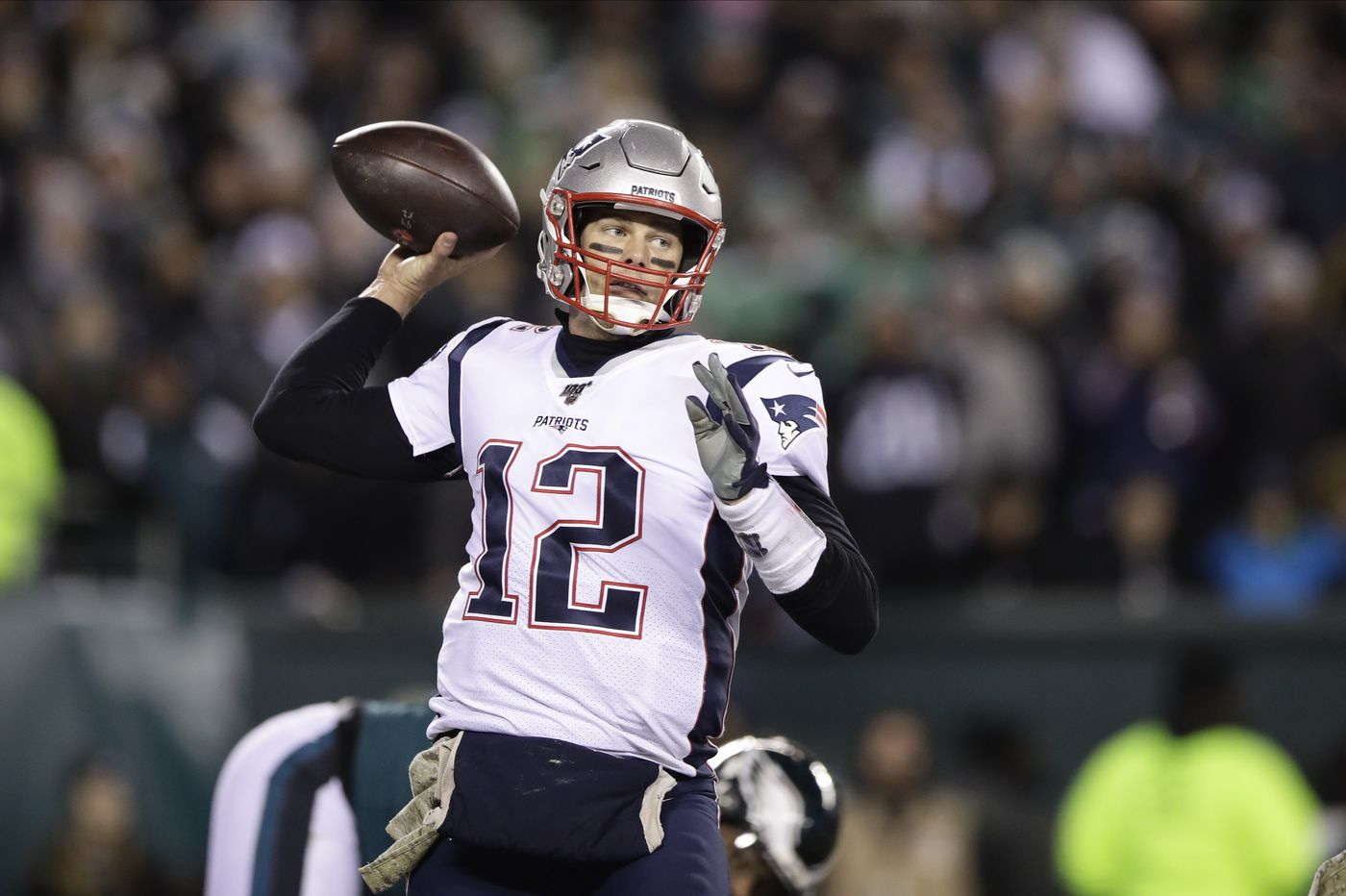 Sports betting: Tom Brady's Buccaneers have better Super Bowl odds than Eagles