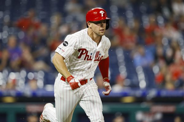 Scott Kingery might be a better hitter if he was not a Swiss Army Knife | Bob Brookover