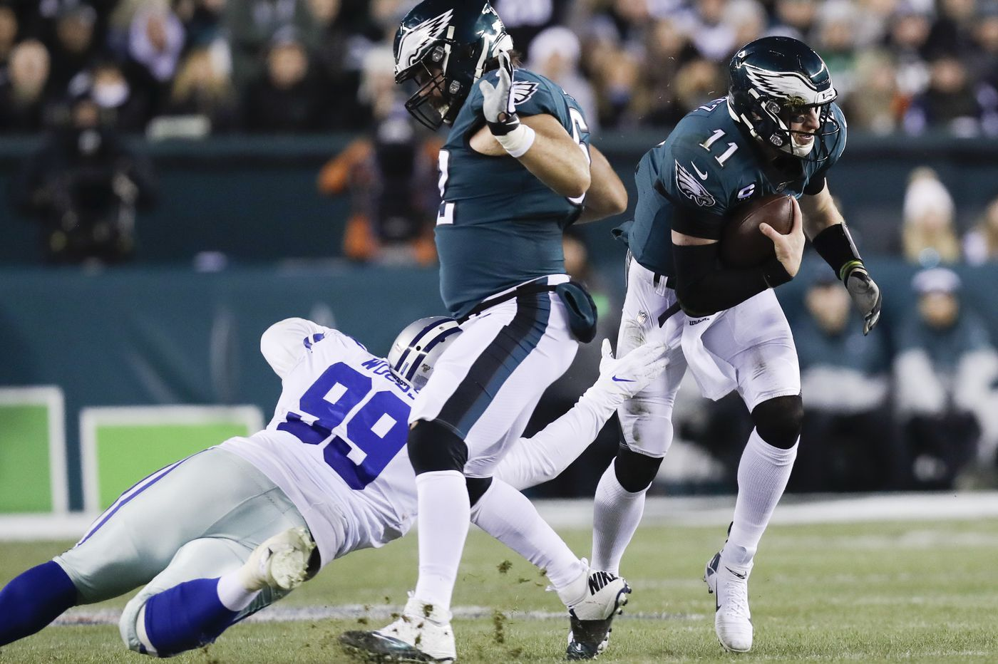 Carson Wentz and Lamar Jackson embody the benefits and risks of modern quarterbacks | Mike Sielski