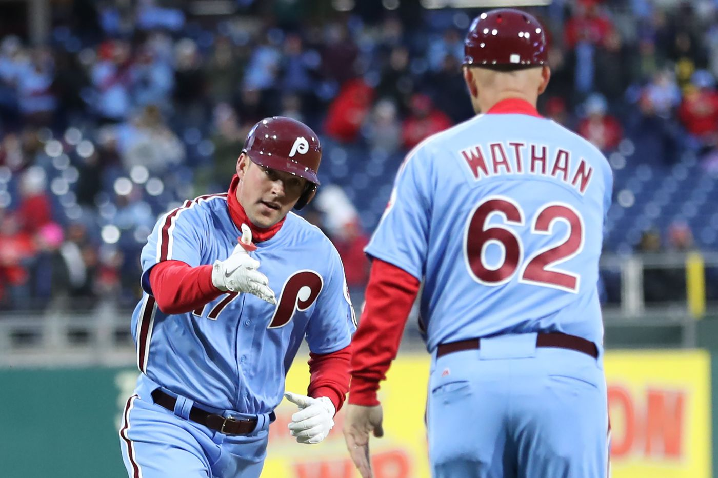 Phillies coach Dusty Wathan will interview for Texas Rangers managerial job