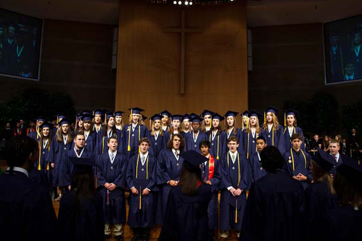Does using a church facility for graduation ceremony violate the Constitution?