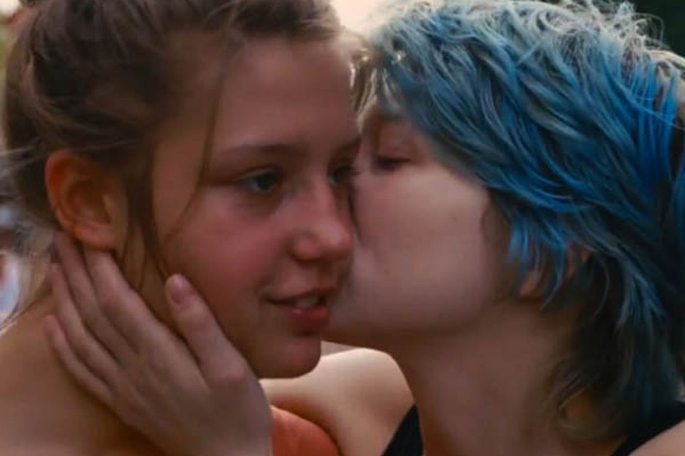 'Blue Is the Warmest Color': Exhilarating story of lesbian love