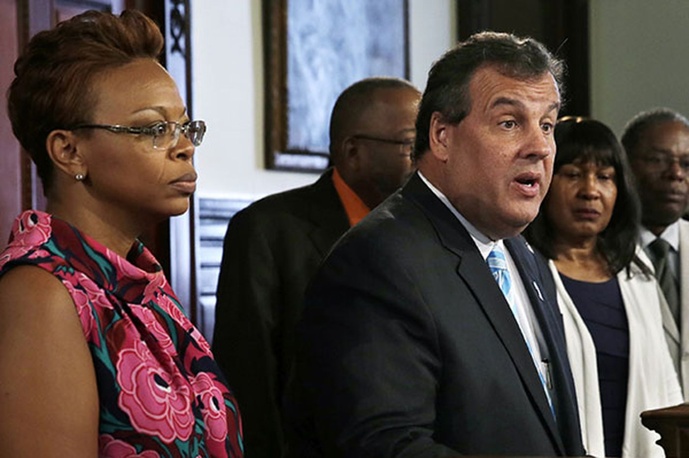 Christie urges lawmakers to change bail system