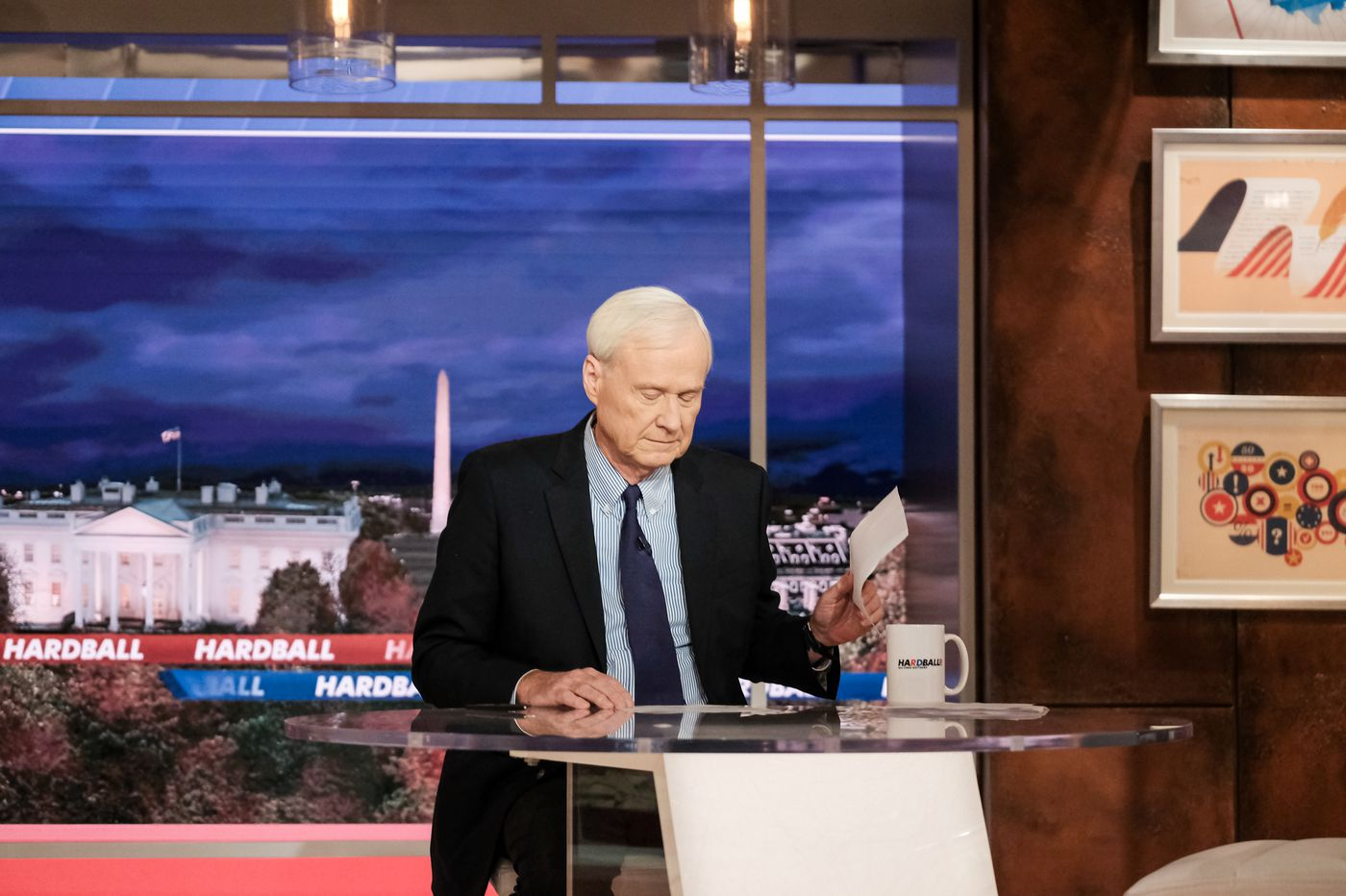 Chris Matthews out at MSNBC, exits after opening segment of final 'Hardball'