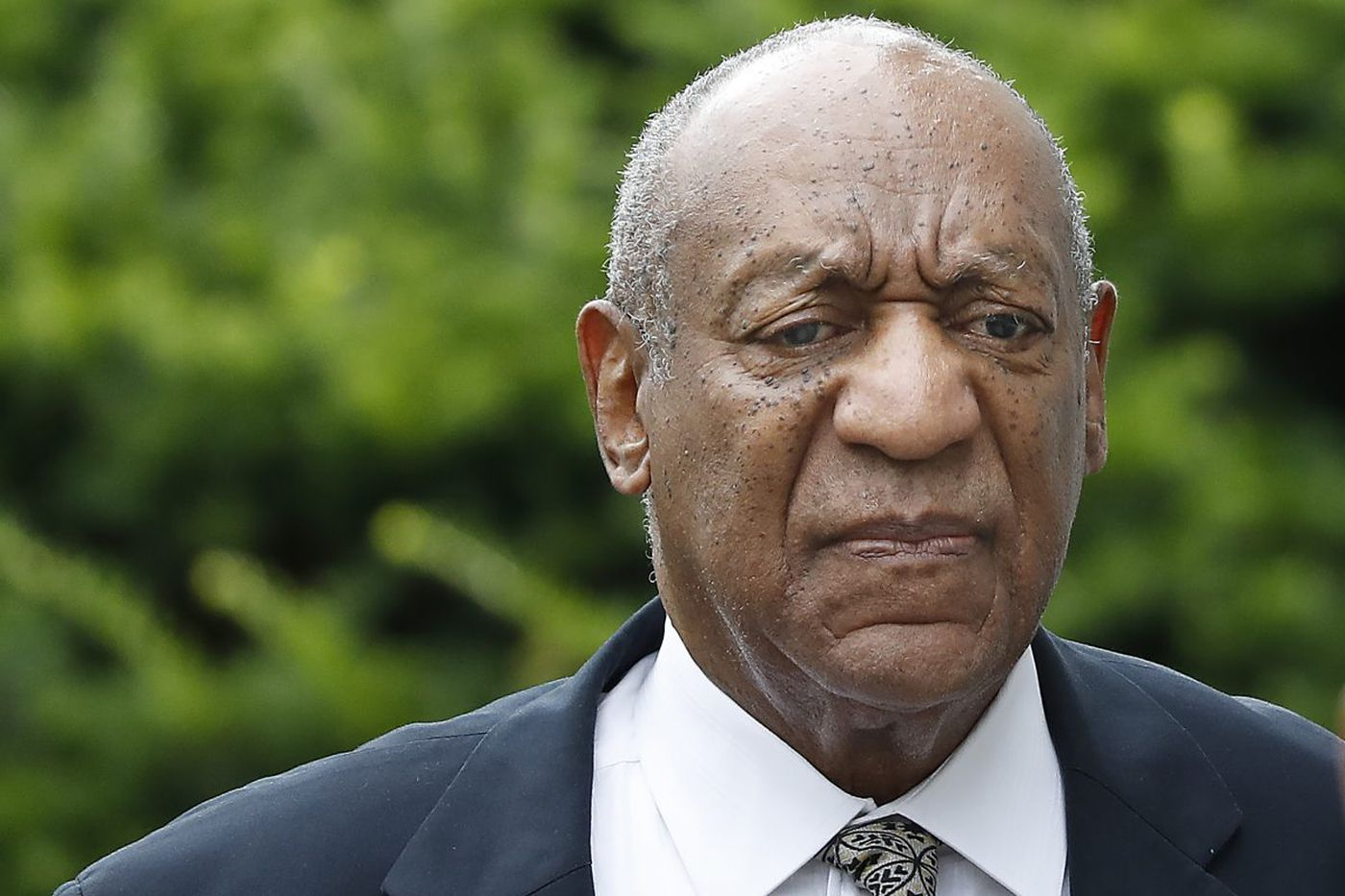 Judge orders deadlocked Cosby jury back to the table