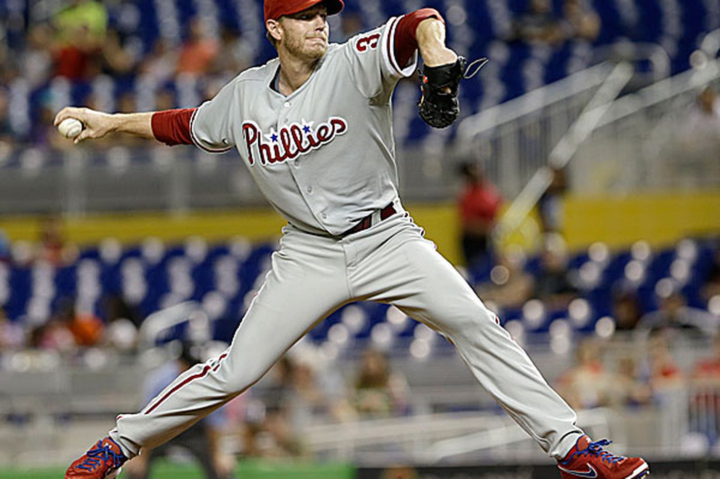 Phillies shouldn't re-sign Roy Halladay