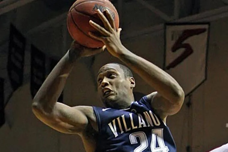 Corey Stokes led Villanova with 34 points in their 65-53 win over Penn. (Michael Bryant/Staff Photographer)