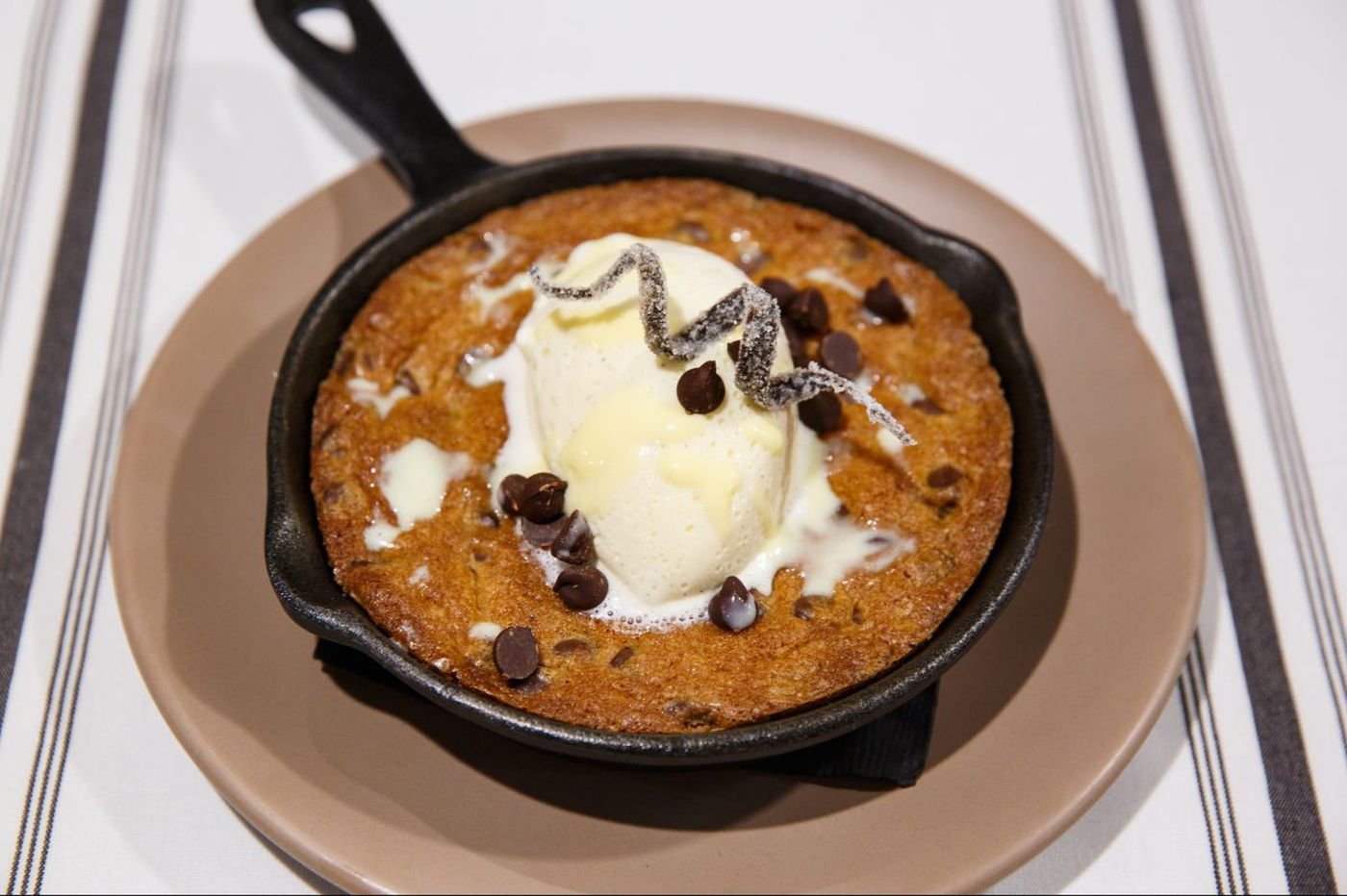 At Six Feet Under, one hot cookie