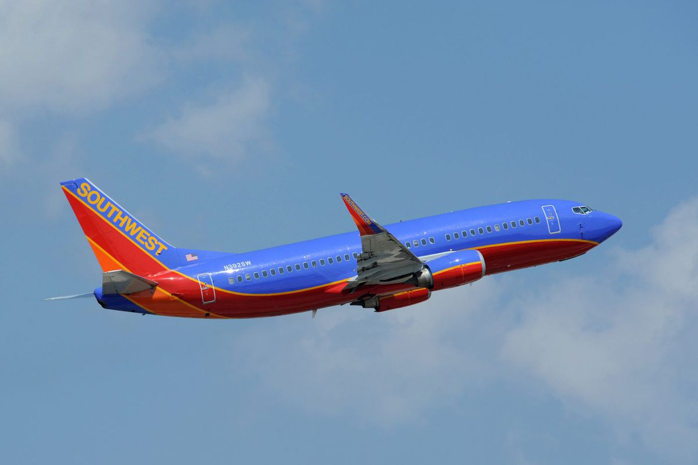 Southwest flight from Las Vegas to PHL diverted after warning