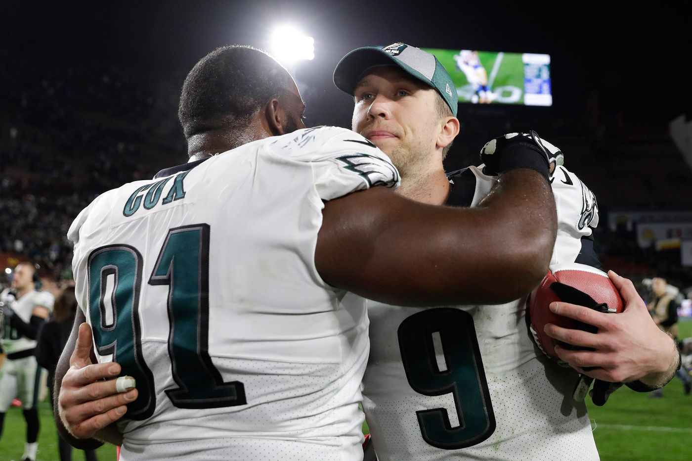 The best month of Fletcher Cox's career, Jake Elliott's homecoming, and no limitations for Nick Foles | Early Birds