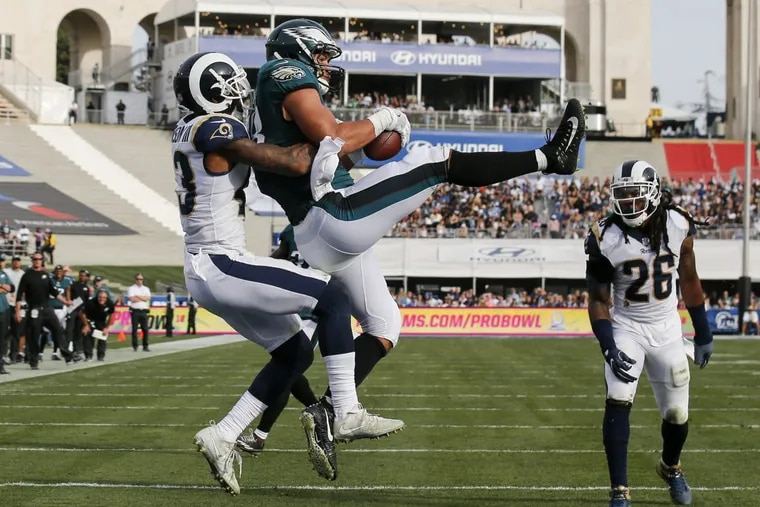 Philadelphia Eagles tight end Trey Burton catches a second-quarter touchdown during Sunday's 37-35 win over the Los Angeles Rams.