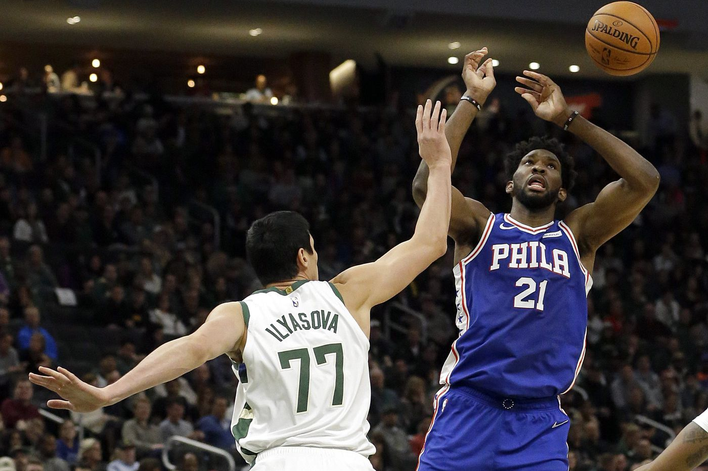 Sixers fall flat in loss to Milwaukee Bucks, Giannis Antetokounmpo
