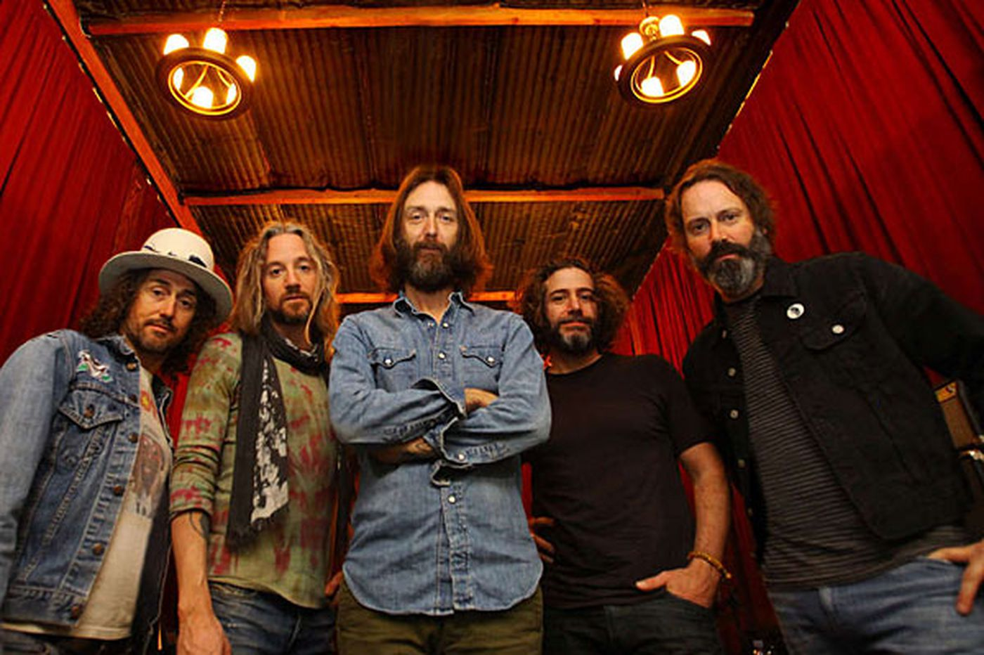 The Chris Robinson Brotherhood: Combatting corporate with psychedelia