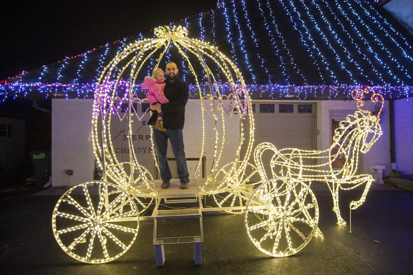 Christmas wonderland stops traffic, raises money in Ambler