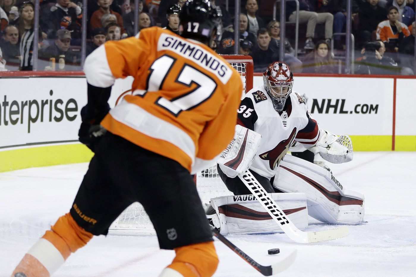 Shayne Gostisbehere lifts Flyers to overtime win over Coyotes
