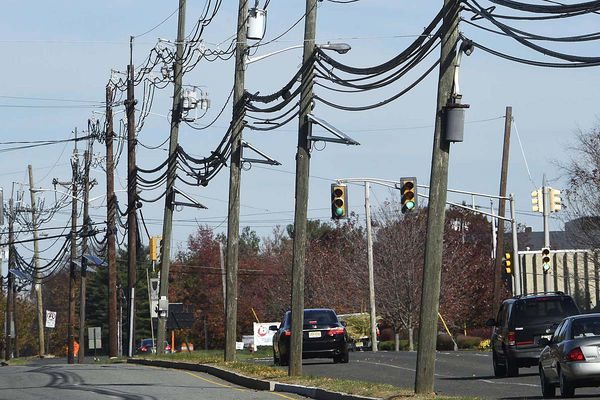 Pa. to look into complaints about Verizon copper lines