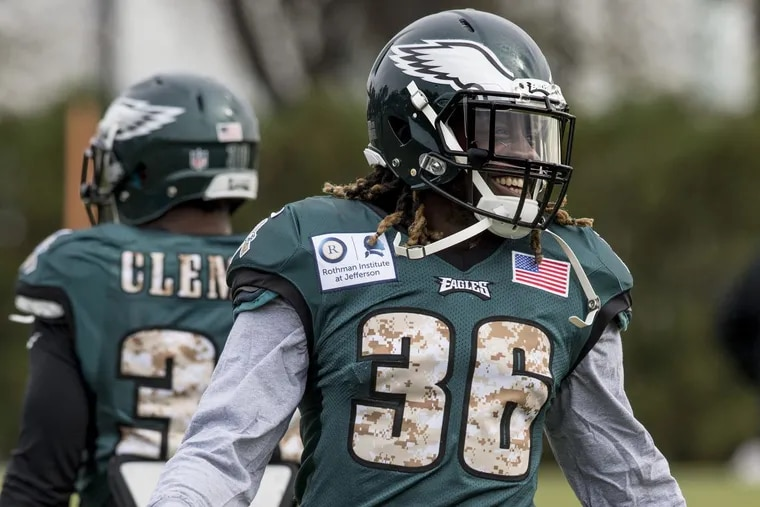 Newly acquired Eagles running back Jay Ajayi has a laugh during his first workout with the Eagles at the NovaCare Complex Nov. 1.