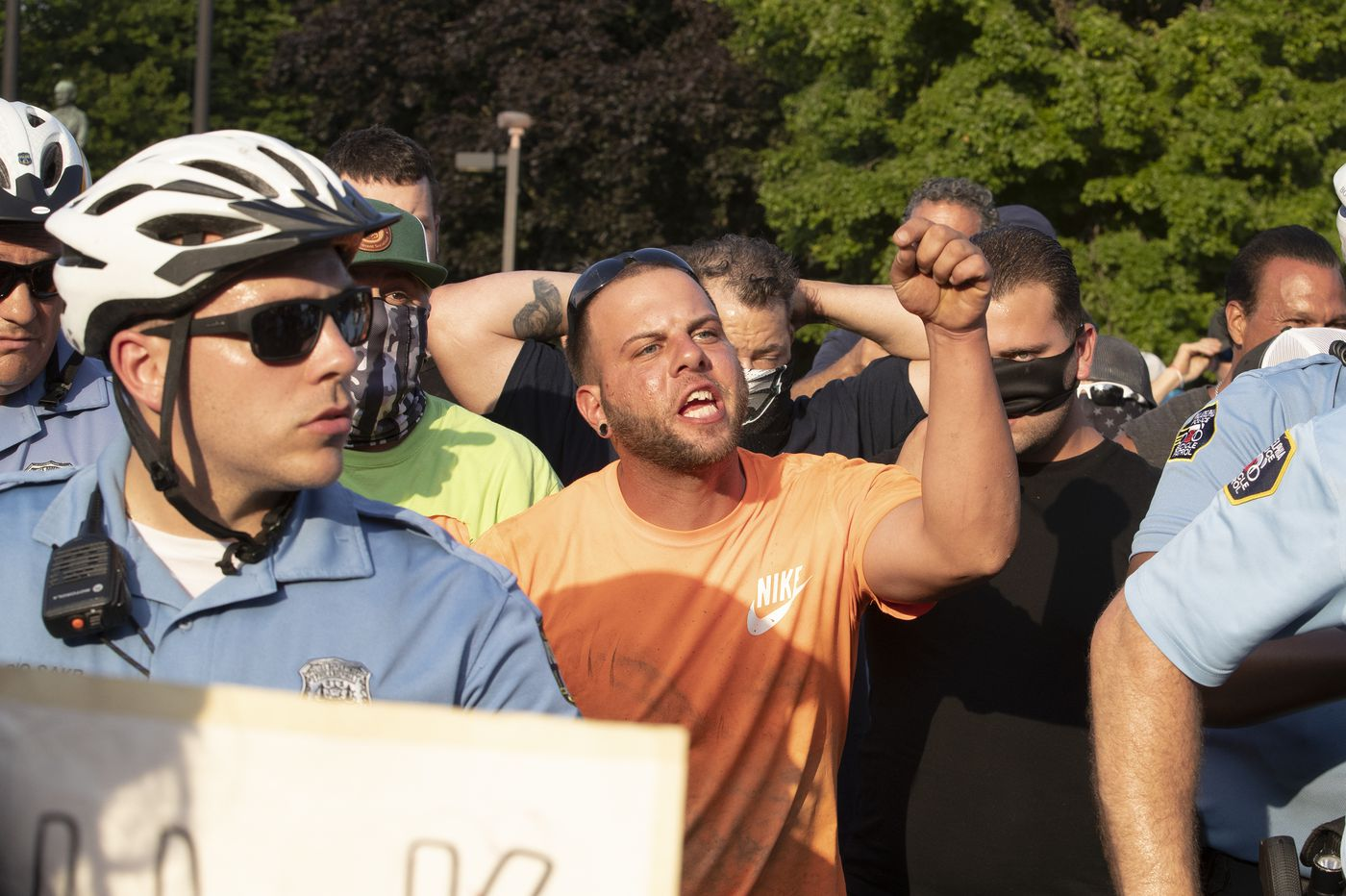 Police under fire for 'coddling' violent groups of white people in Fishtown, South Philly