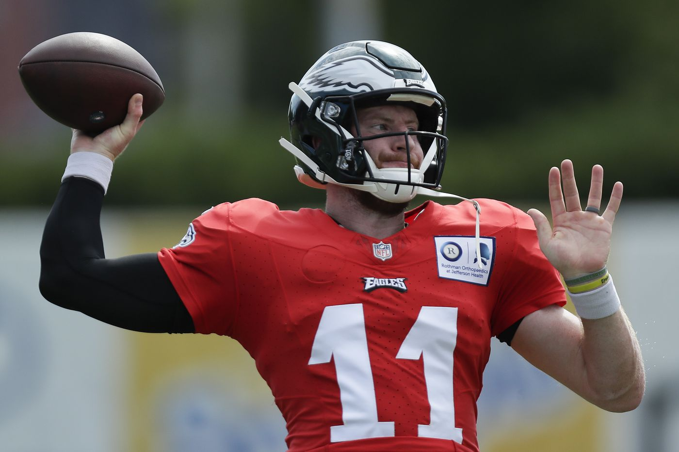 The Eagles' Nickell Robey-Coleman compares Carson Wentz to ex-teammate Jared Goff