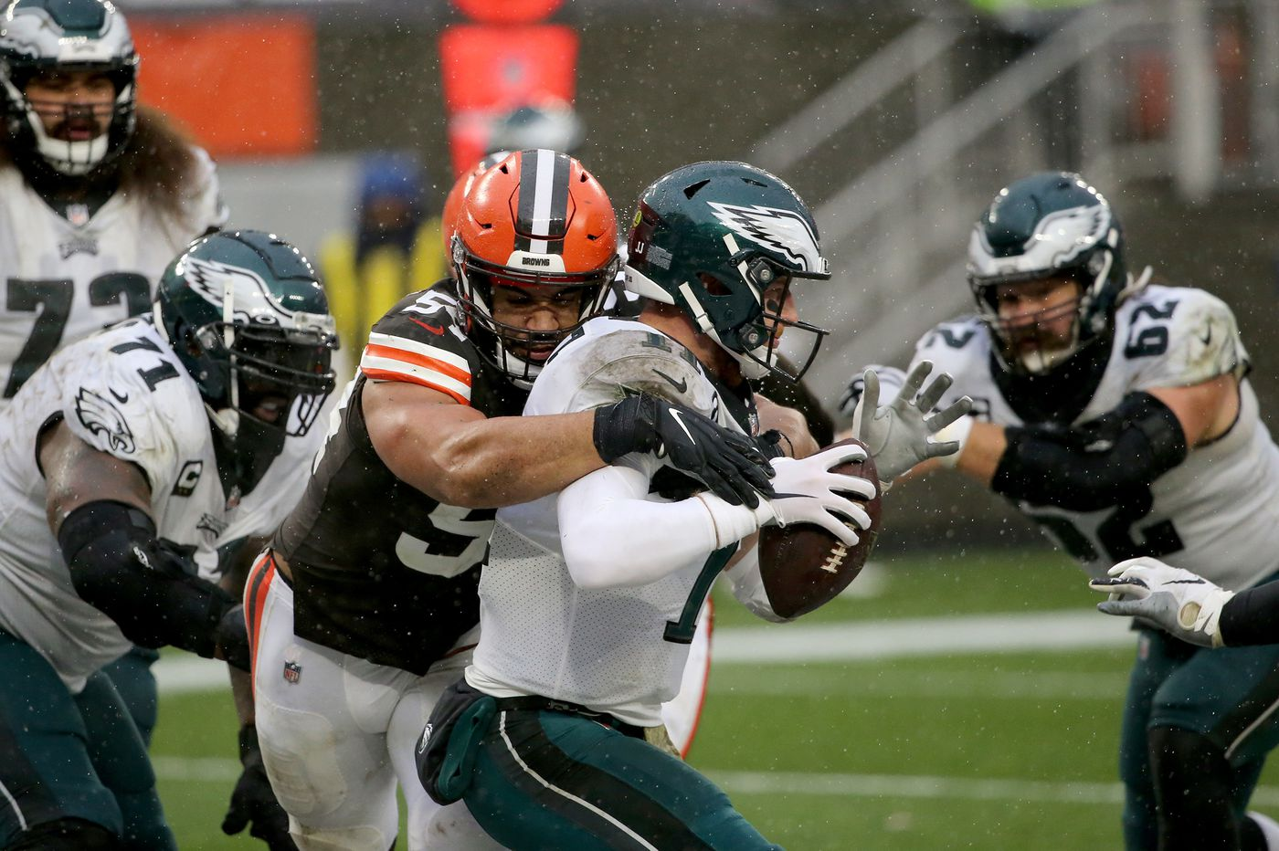 The reason for Carson Wentz's regression might be the obvious one, and it spells trouble for the Eagles | Mike Sielski