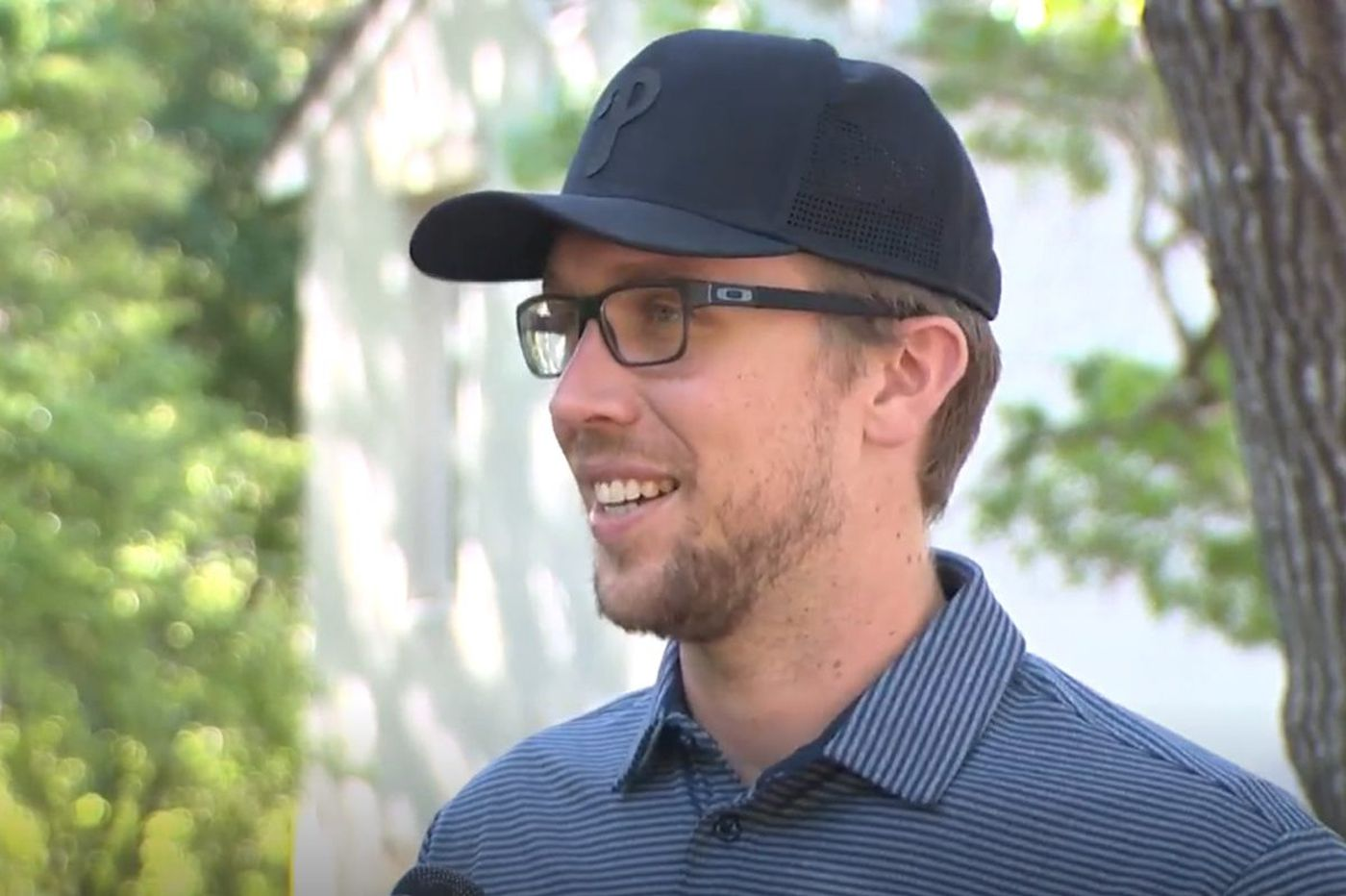 Eagles QB Nick Foles on wanting a starting job, wearing a disguise in public