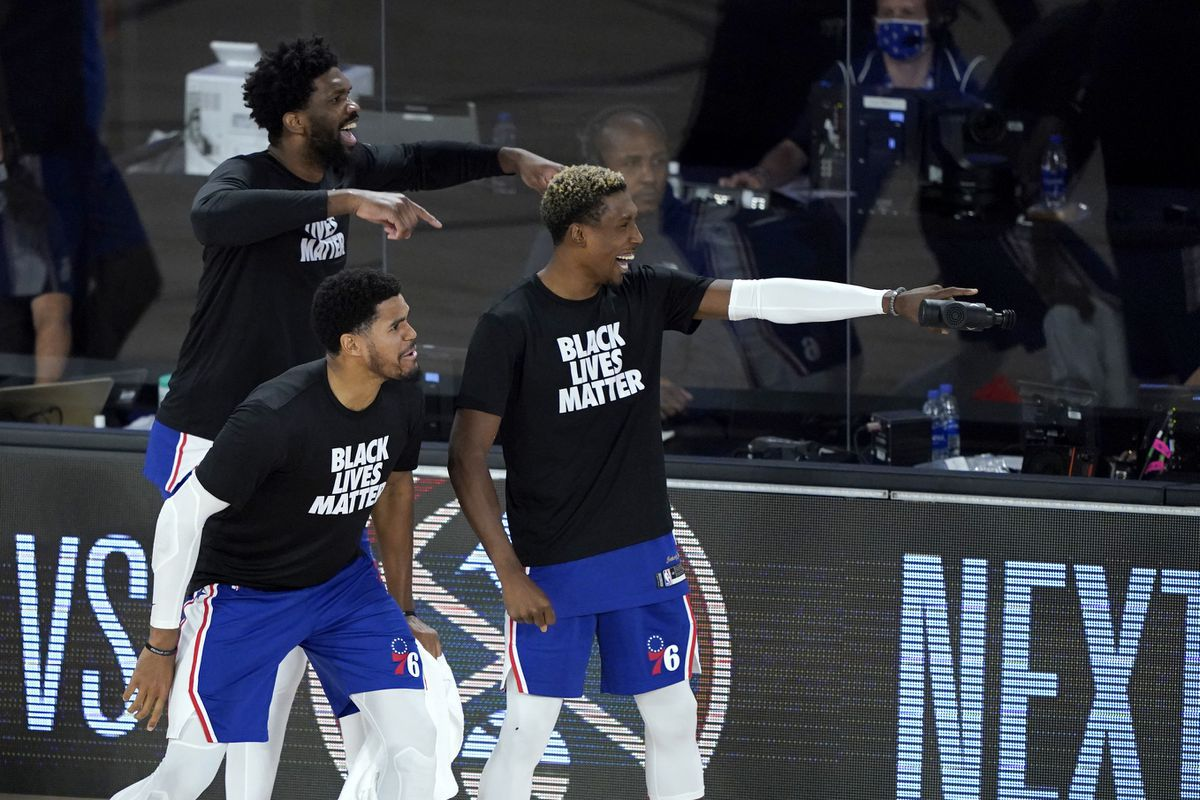 Best part of Sixers-Raptors game? The bench celebration battle (really)