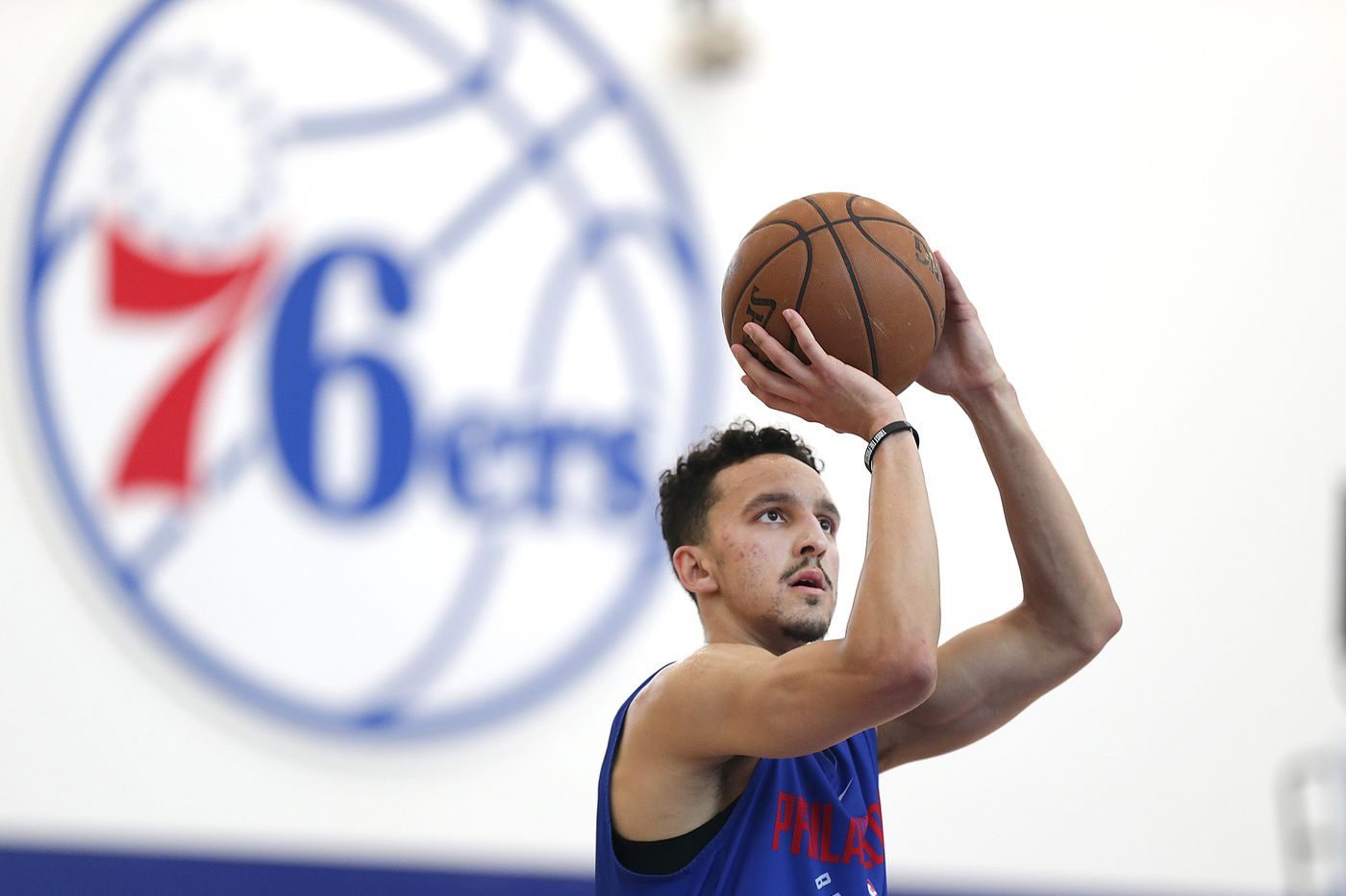 Sixers officially sign Landry Shamet to rookie contract