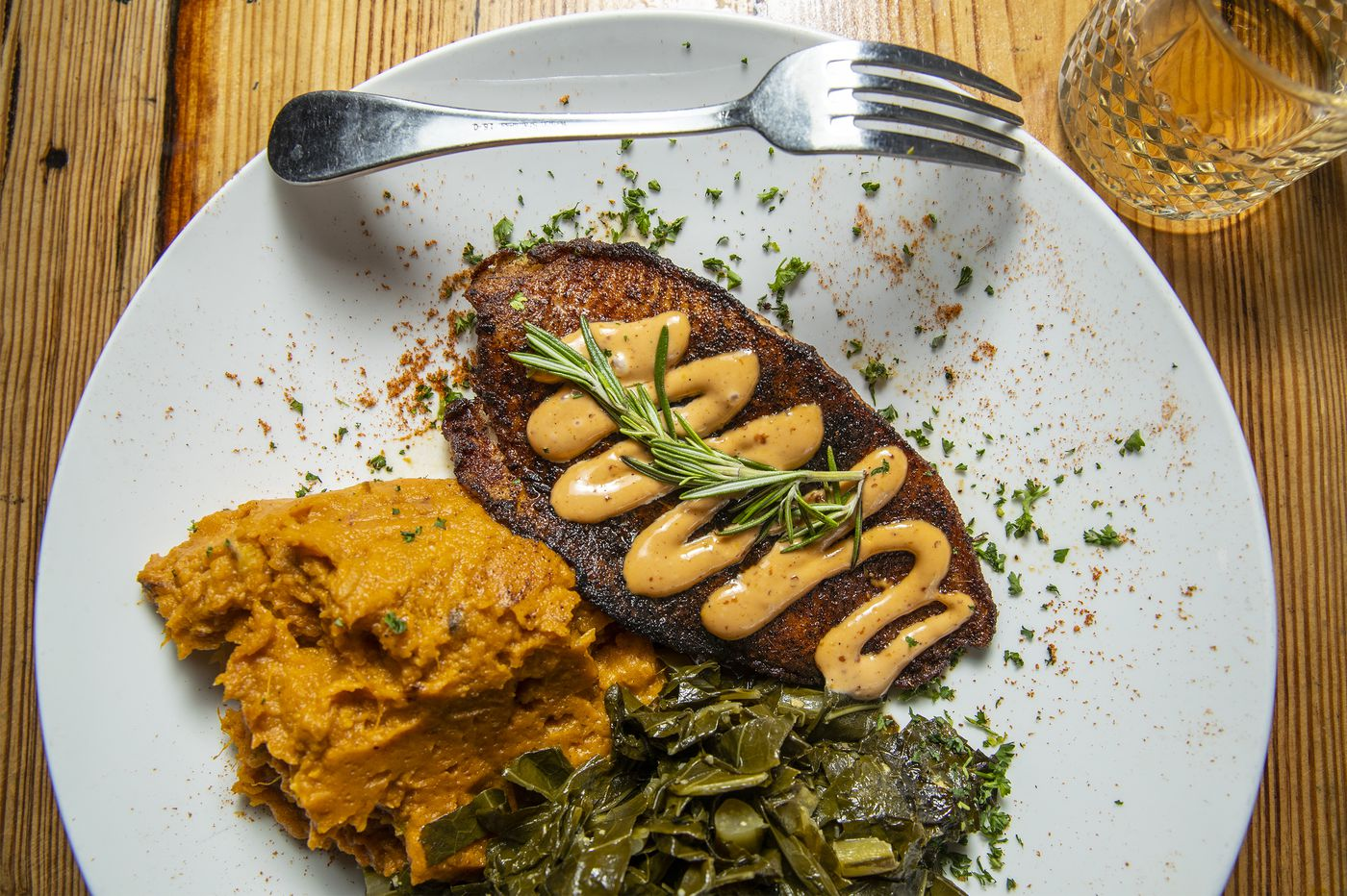Booker's review: Southern flavors make this West Philly spot a neighborhood draw