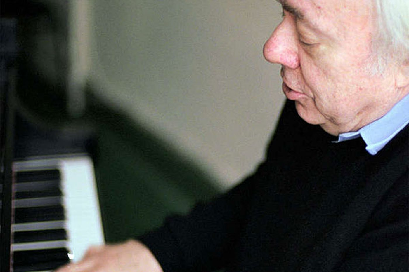 Pianist Goode takes a turn for Debussy