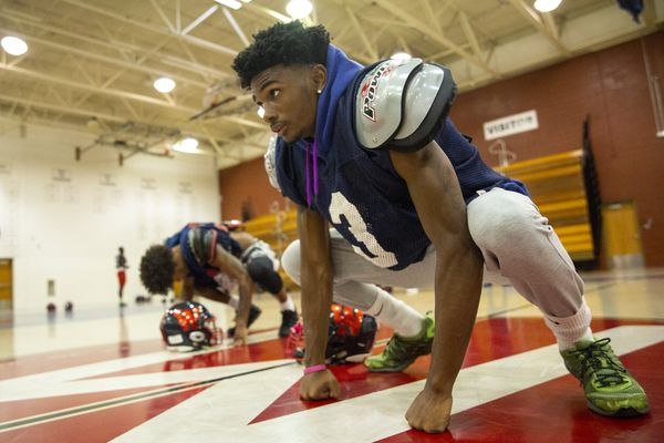 Recruiting roundup: Willingboro's Chris Long switches commitment from Temple to Rutgers; Northeast's Elijah Jeudy narrows his choices